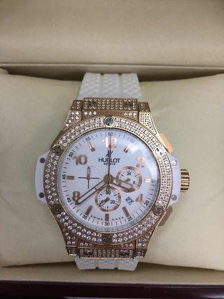 ウブロ ビッグバン 腕時計