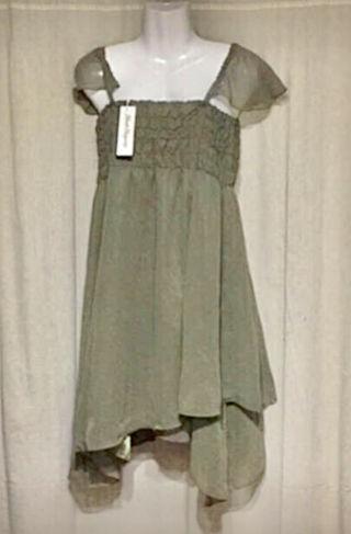新品 タグ付き裾がアシンメトリー ドレス