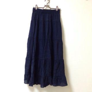 夏用紺色のひらひらロングスカート