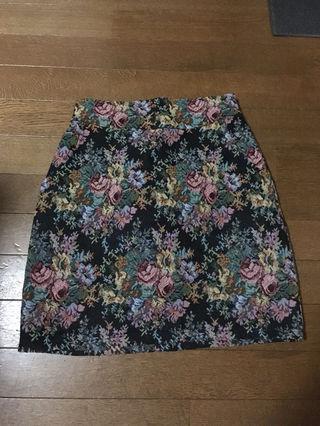 ナイスクラップ  花柄スカート