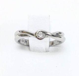 鑑定済み正規品4°Cプラチナ900ダイヤモンドリング