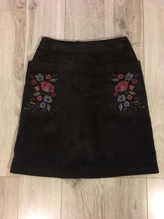 新品タグ付き!w closet 花柄刺繍コーデュロイスカート