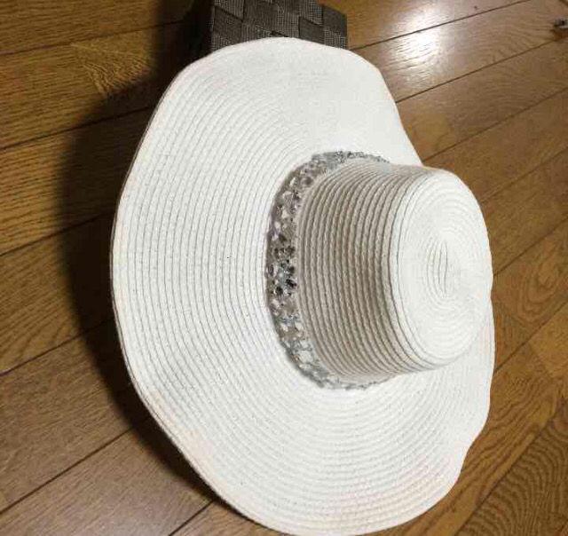 ビジュー付き女優帽