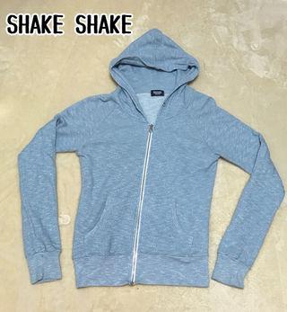 【SHAKE SHAKE】フード付きパーカー・着画有り
