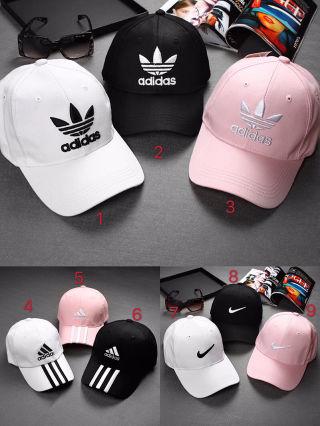 2つで3600円  adidas  大人気 キャップ