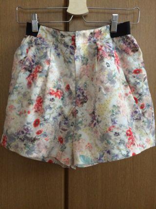 ラボラトリーワーク水彩柄スカート