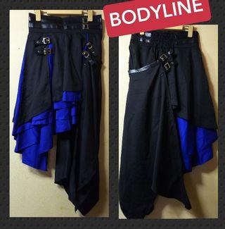 BODYLINE未使用フラップ付アシメスカート黒×青
