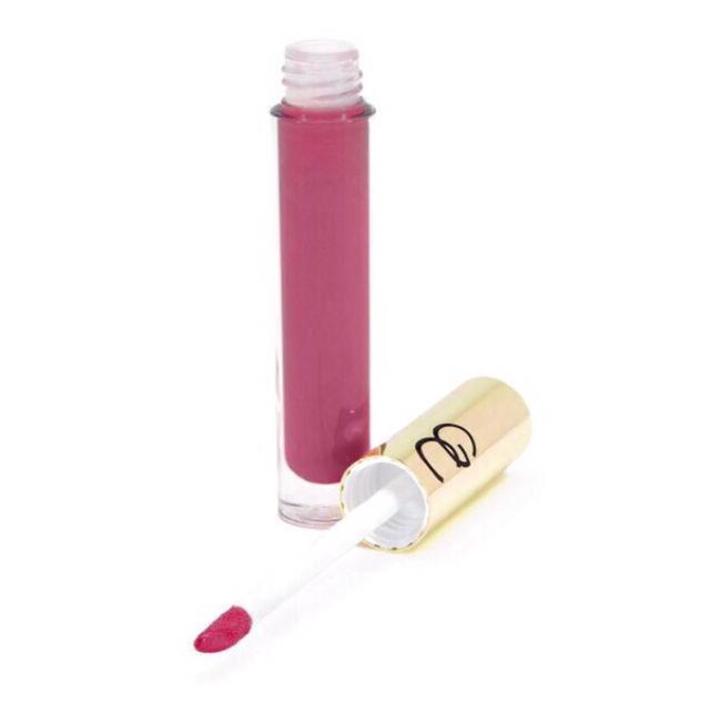 日本未発売Supreme Lip Creme