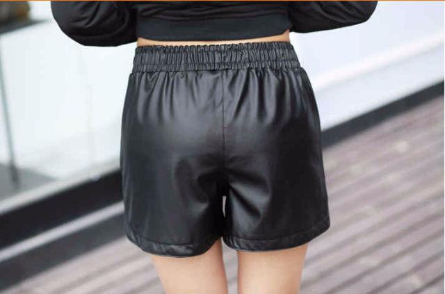 フェイクレザーショートパンツ 裏起毛 ブラック XL