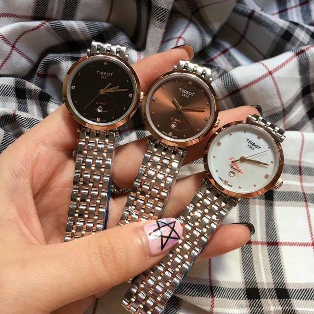 新品大人気 Tissotクォーツ 腕時計 送料無料