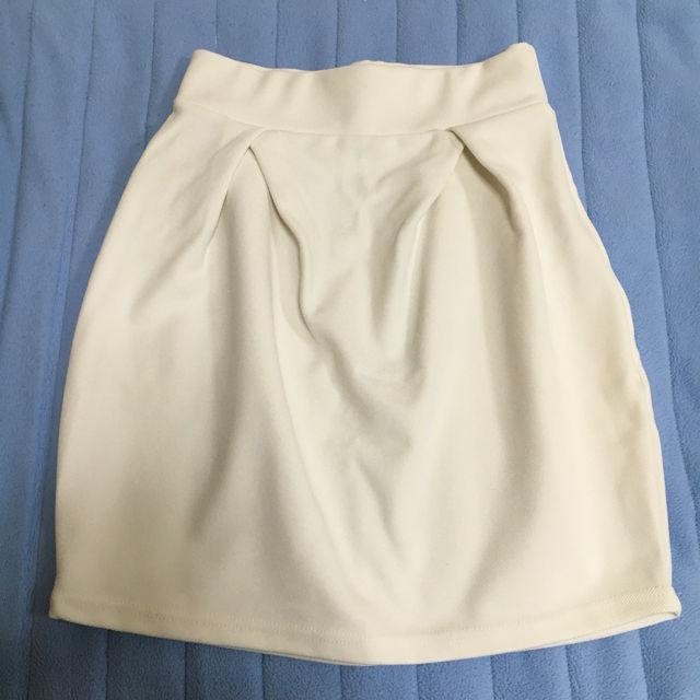 コクーンタイトスカート