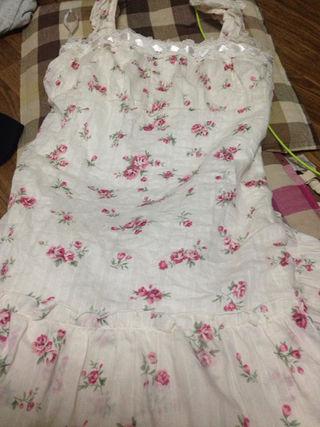 お嬢様系  白×花柄×レースフリルワンピース