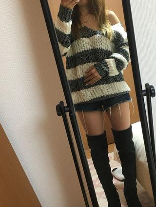 ガルラ  セーター