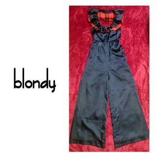 新品タグ付 blondy オールインワン ホルターネック 紺