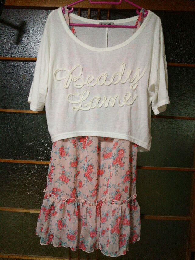 しまむらTシャツ付き花柄ワンピース