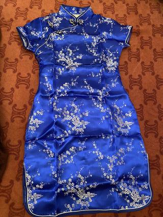 新品 チャイナドレス