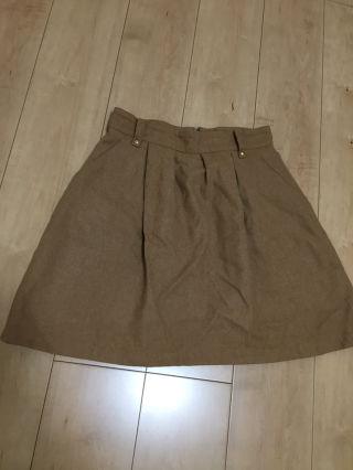 ジャイロ 冬スカート
