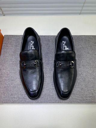 国内発送。本革。最高品質。ローファー/革靴
