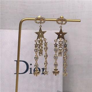 爆売り 可愛い新品 Dior ピアス 早い者勝ち