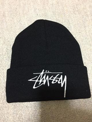 新品 stussy ニット帽