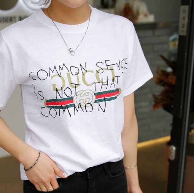 SALE価格韓国大人気ロゴデザインTシャツオルチャン