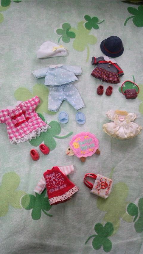 小さい人形のお洋服セット