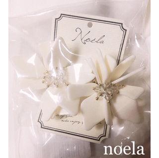 定価3780円Noel 3Dフラワーピアス