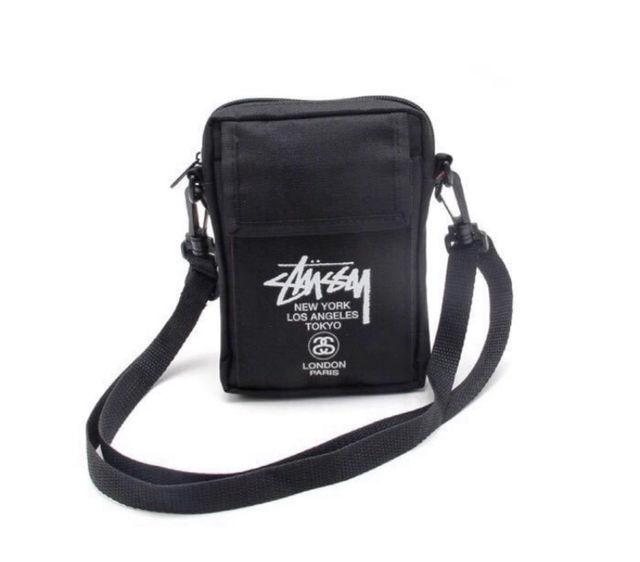 新品 STUSSY  ステューシー 小さめなショルダーバッグ