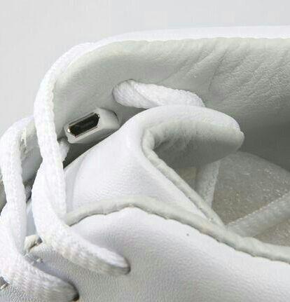 LEDスニーカー 22.5~28cm 光る靴 LED靴