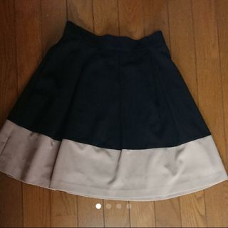 grove スカート