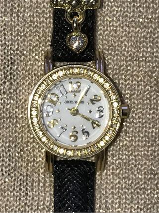 セシルマクビー腕時計