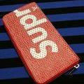 シュプリームジッピー長財布赤色