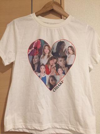 伊藤千晃 Tシャツ