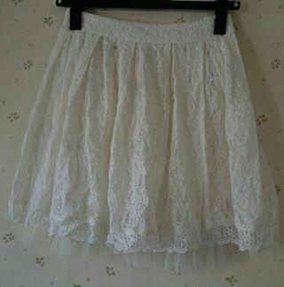 CHUXXX白レーススカート