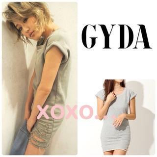 新品 GYDA クラッシュタイトワンピース