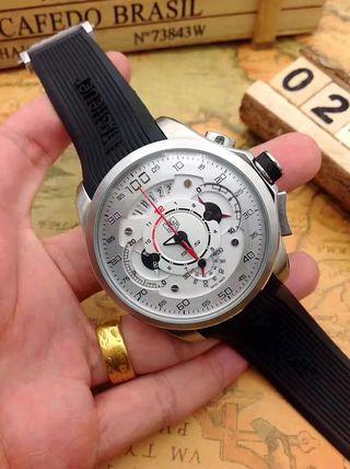 タグ・ボイヤー メンズ腕時計 4色選択可
