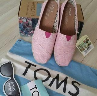 TOMSUS6
