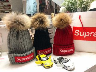 【国内発送】SUPREME ニット帽子 男女兼用