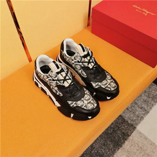 フェラガモ紳士靴 ローファー運動靴 ランニングシュー