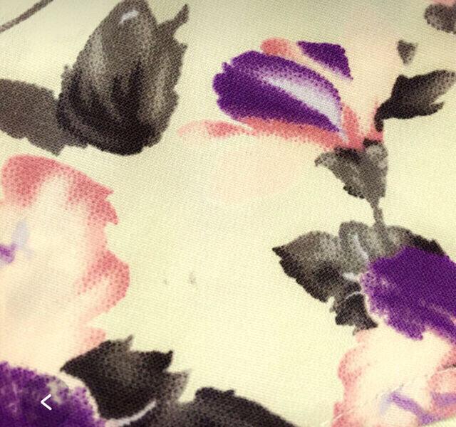 花柄ペプラムブラウス