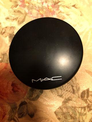 MAC フェイスパウダー シェーディング