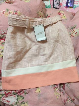 ミシェルマカロン ベルト付きタイトスカート