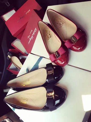 ferragamoレディース靴 パンプス ブラックc15