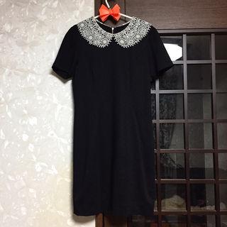 *【未使用新品】タグ付きオーガンジーレース襟が素敵なドレス*