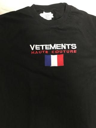 ヴェトモン オーバーサイズtシャツ