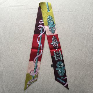 【大人気】シルク ツイリーリボン バッグスカーフ 鉄細工