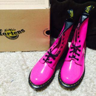 ドクターマーチン.8ホール.ピンク.uk6.ブーツ