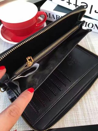 ベルサーチ オシャレ 財布