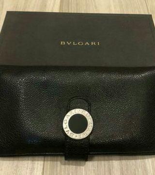 BVLGARI長財布
