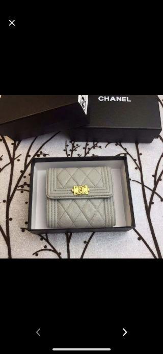 シャネル ボーイ 新品未使用三つ折り財布